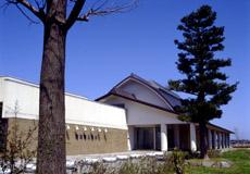 黒部市美術館 – 富山県博物館協...